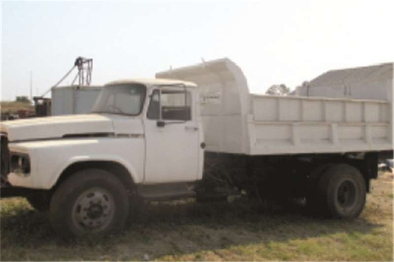 Truck Toyota Tipper DA 6M 0