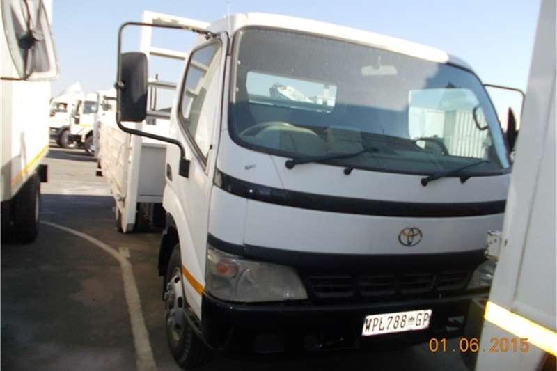 Toyota Van body toyota dyna 4ton trucks Truck