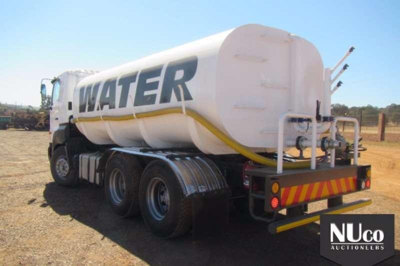 Toyota Water tanker TOYOTA HINO 700 16000L WATER TANKER Truck