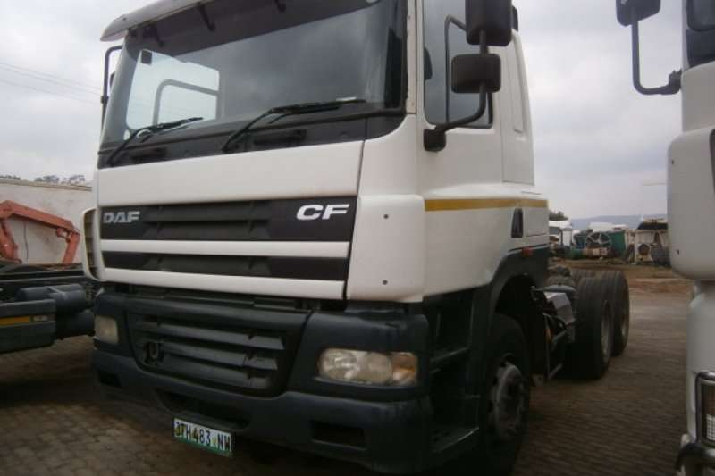 Truck-Tractor DAF  Double Axle 85-430 2003