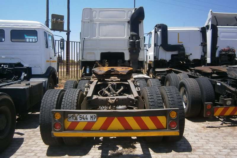 DAF  double axle 95XF480 Truck-Tractor