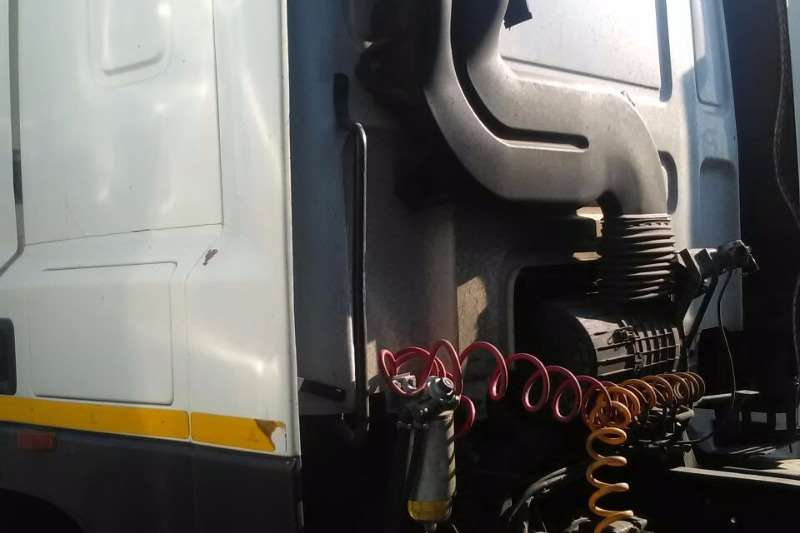 DAF  double axle CF85 430 Truck-Tractor