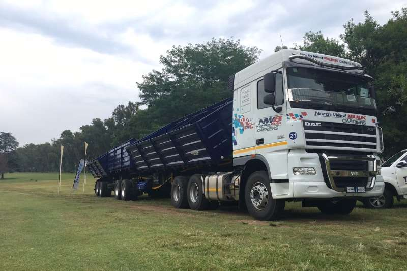 DAF  double axle DAF Truck-Tractor