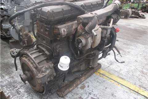 DAF XF95-480 Engine Truck-Tractor