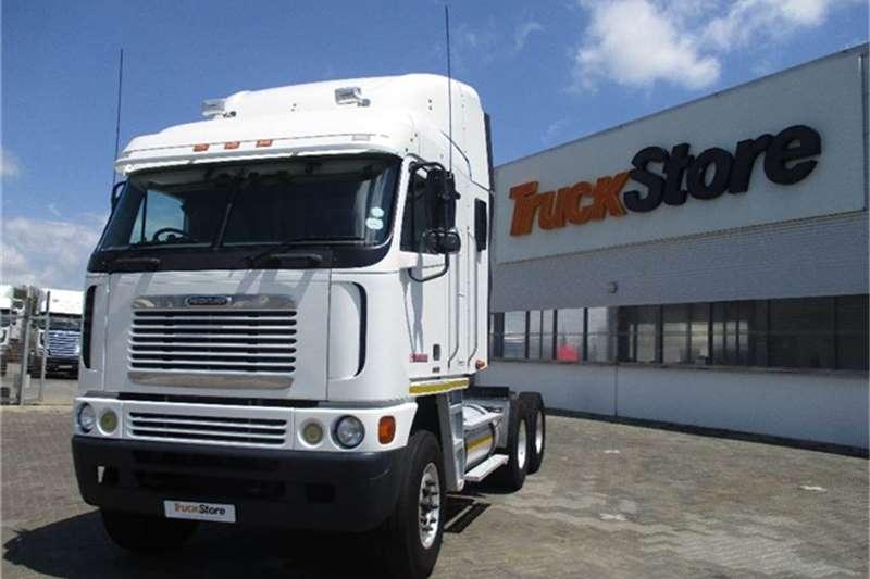 Truck-Tractor Freightliner Argosy 90 Cum 500 Freightliner 2010