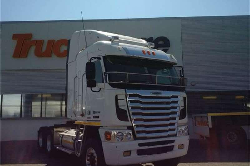 Truck-Tractor Freightliner Argosy 90 DDC 12.7   1650 NG Freightliner 2014