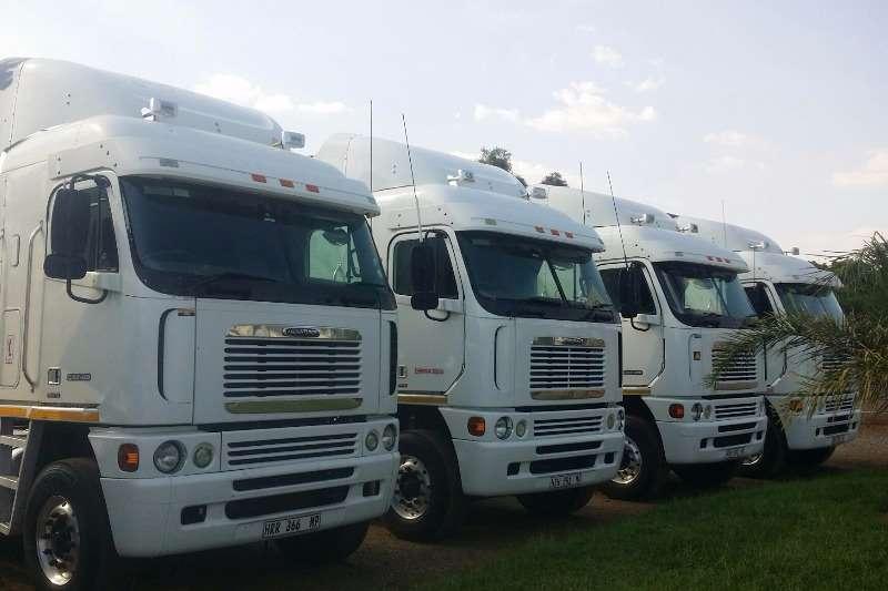 Truck-Tractor Freightliner Argosy /Cummins 2011