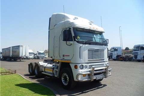 Freightliner ARGOSY ISX 500 CUMMINS  Truck-Tractor