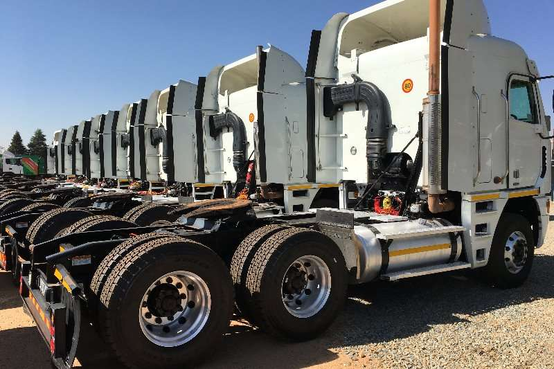 Freightliner  double axle (3 Available ) Argosy 500 ISX Cummins Truck-Tractor