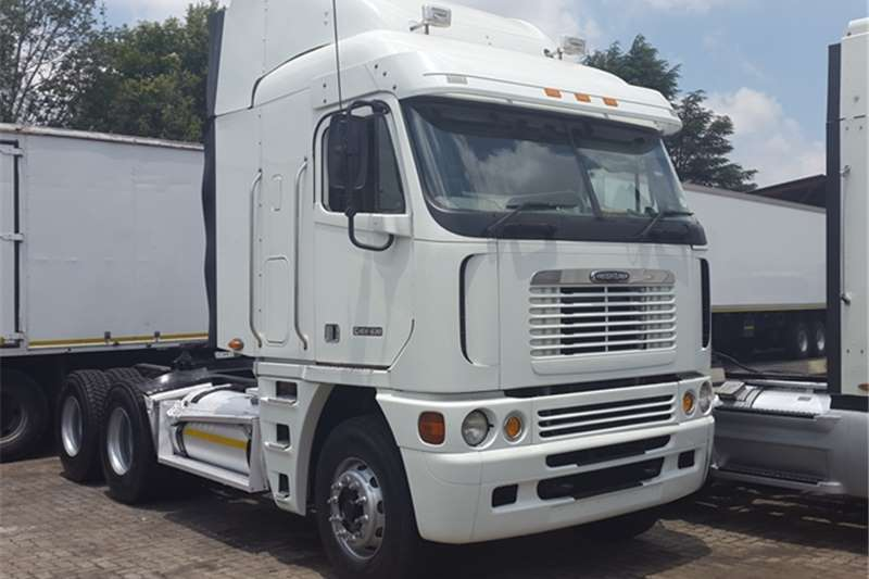 Truck-Tractor Freightliner  Double Axle Argosy 90 CISX 530 Old Grill New Specs 2010