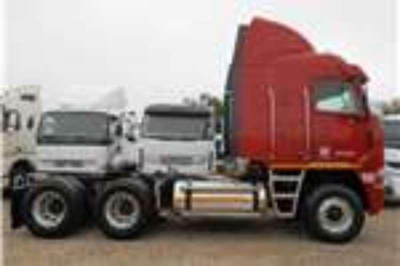 Truck-Tractor Freightliner  Double Axle Argosy CISX 500 NG 2014