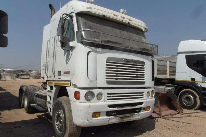 Truck-Tractor Freightliner  Double Axle Argosy CISX-530 6 x 4 Mechanical Horse 0
