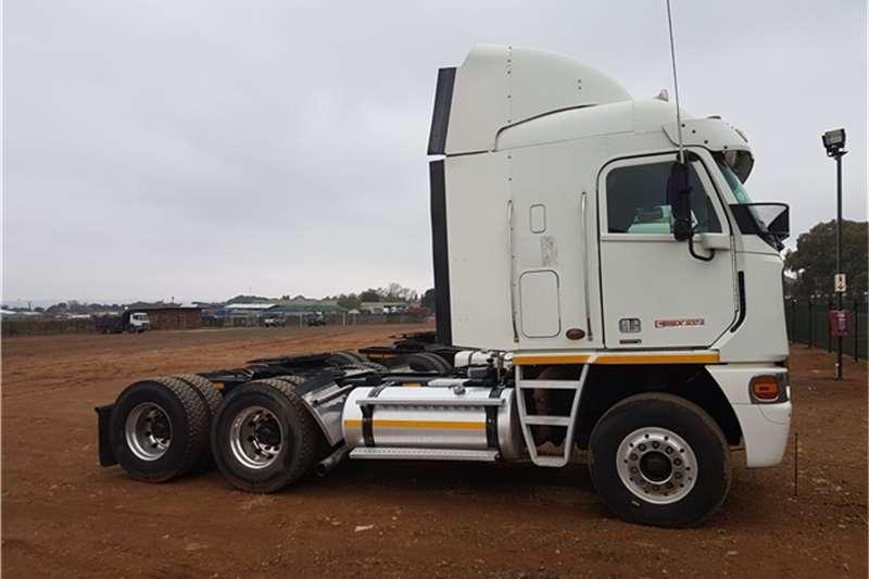 Freightliner  double axle Argosy ISX 500 Truck-Tractor
