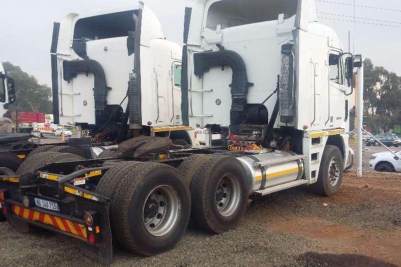 Freightliner  double axle CAT C15-515 Truck-Tractor