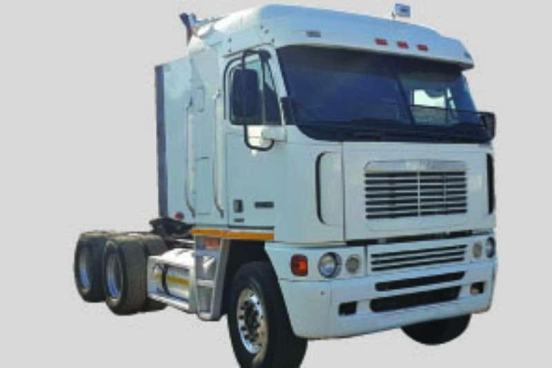 Truck-Tractor Freightliner  Double Axle DDC 440 2008