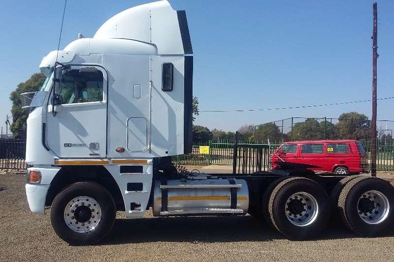 Freightliner  double axle Detroit Truck-Tractor
