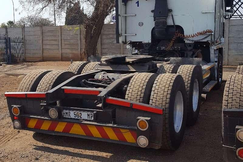 Freightliner  double axle FREIGHTLINER ARGOSY ISX500 Truck-Tractor