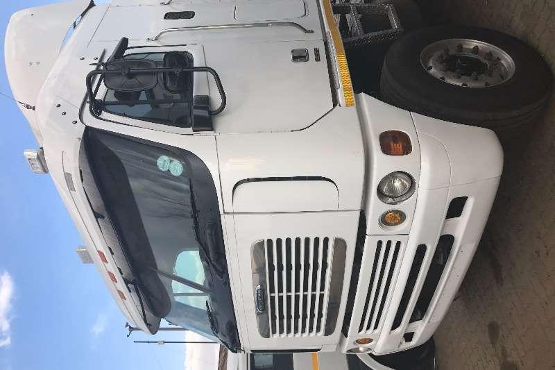 Truck-Tractor Freightliner  Double Axle FREIGHTLINER ARGOSY ISX500 6X4 TT 2011