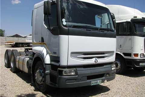 Truck-Tractor Freightliner Kerax Premium 385 2008
