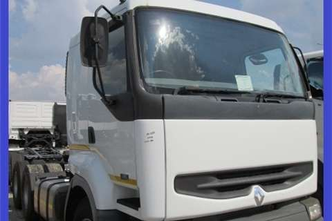Freightliner Kerax Premium 385 Truck-Tractor