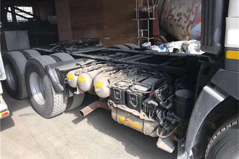 Hino HINO 57 450 PROFIA (6X4) TRUCK TRACTOR Truck-Tractor