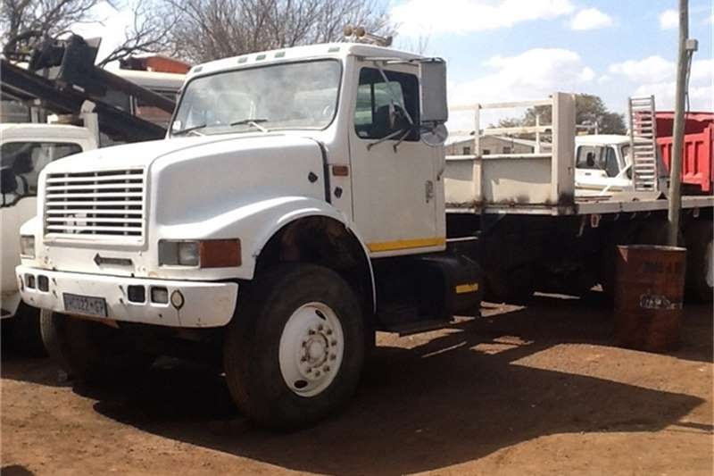 Truck-Tractor International 9400 Beavertrail 0