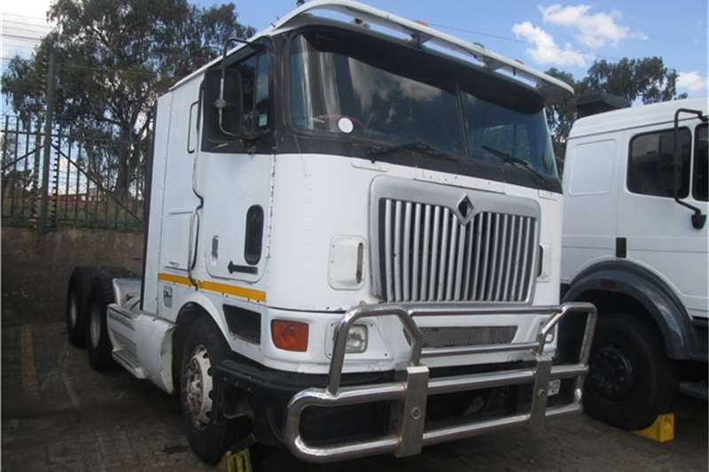 Truck-Tractor International 9800 Eagle 1998