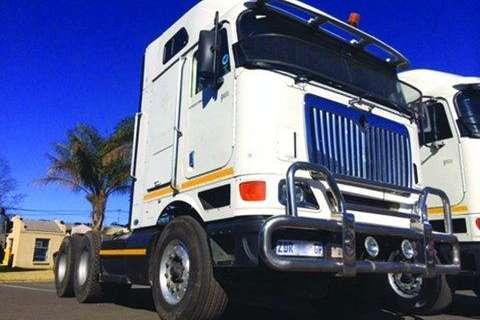 Truck-Tractor International 9800I Eagle TT 6x4- 2008