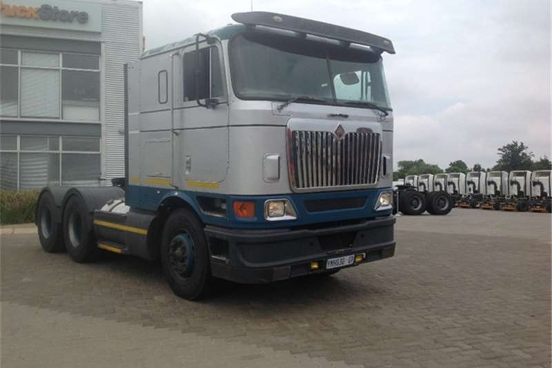 Truck-Tractor International 9800i SBA 6x4 International 2006