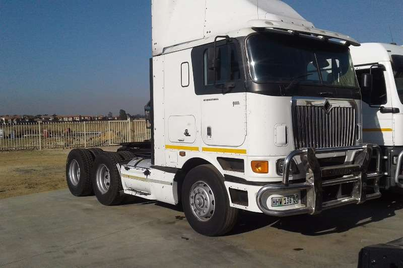 INTERNATIONAL CONTRACTS FOR SIDE TIPPER AVAILABLE Truck-Tractor