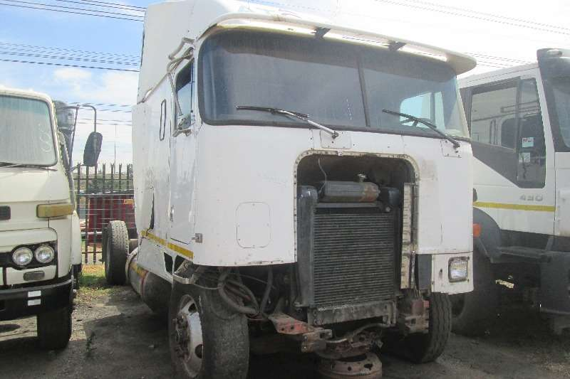 International  double axle 9700 Eagle Truck-Tractor