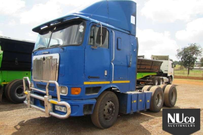 International INTERNATIONAL 9800I 6X4 HORSE Truck-Tractor
