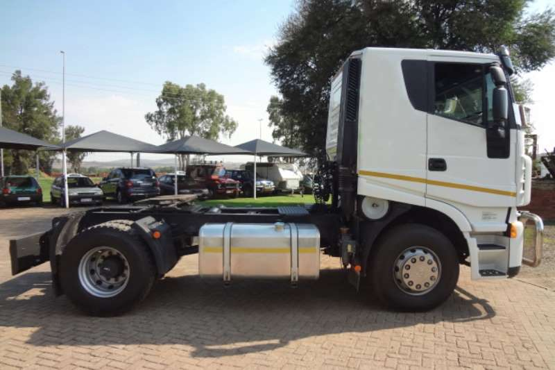 Iveco 2x 340 4x2 Truck Tractor Truck-Tractor