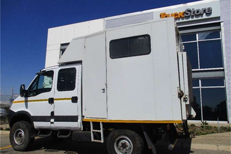 Iveco 55S15WD Crewcab 4x4 Iveco Truck-Tractor