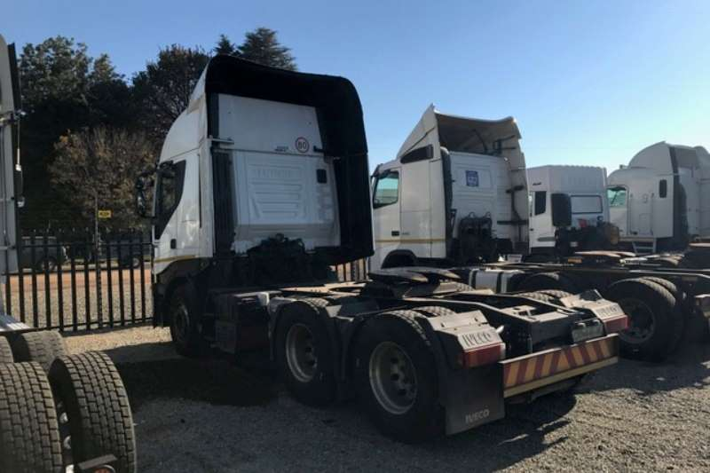 Iveco  double axle 1 x Iveco Stralis 480 6x4 T/T Truck-Tractor
