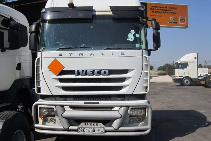 Truck-Tractor Iveco  Double Axle 480 Stralis 2013