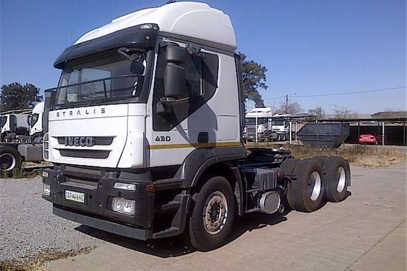 Truck-Tractor Iveco  Double Axle AS700S43TZP 2010