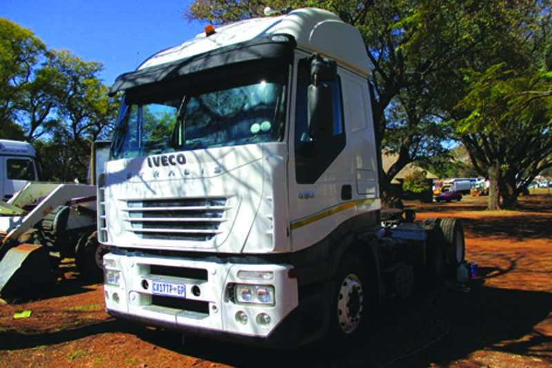 Iveco  double axle Strails Truck-Tractor