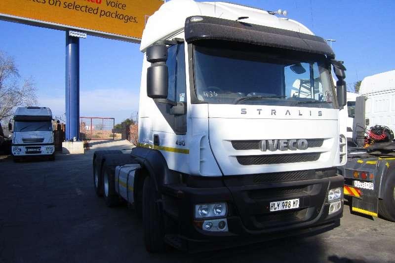 Truck-Tractor Iveco  Double Axle Stralis 430 2010