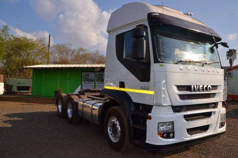 Iveco  double axle Stralis 430 6x4 Truck-Tractor