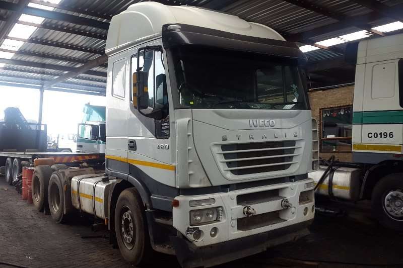Truck-Tractor Iveco  Double Axle Stralis 480 2006