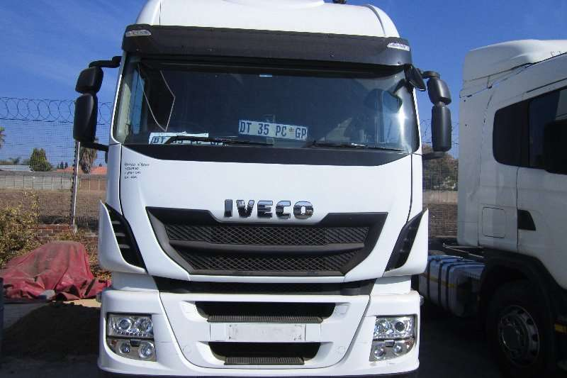 Iveco  double axle Stralis 480 Truck-Tractor