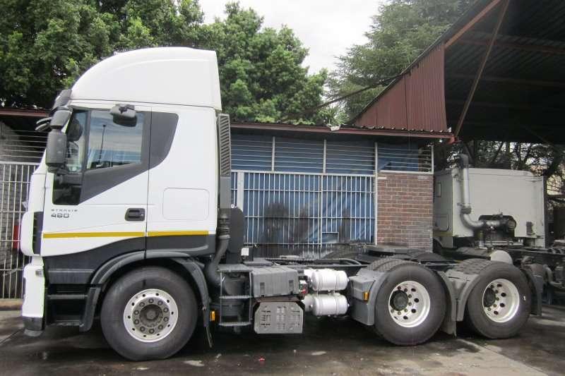 Iveco  double axle Stralis 480 Hi-Way Truck-Tractor
