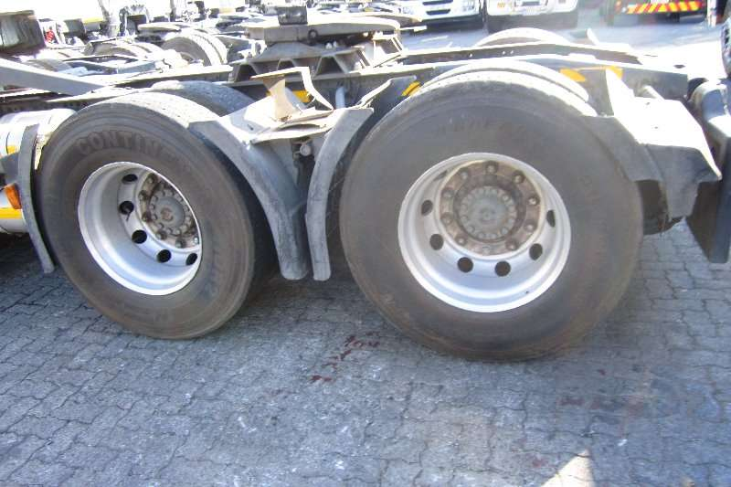 Iveco  double axle Stralis 480 with Bull Bar Truck-Tractor