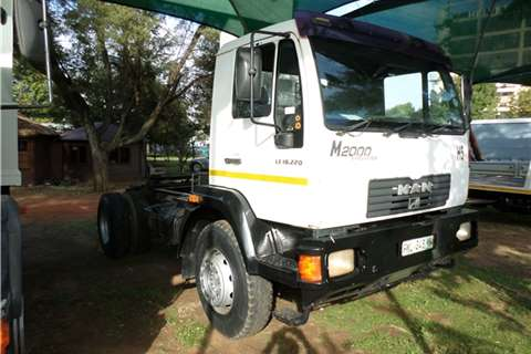 MAN 2006 MAN LE 18-220 Truck-Tractor
