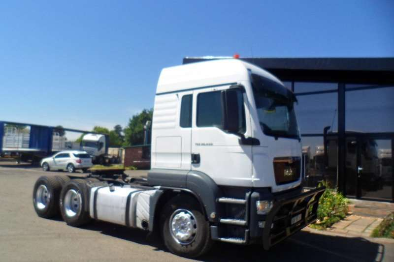 MAN 2014 and 2013 MAN TGS 26 440 TRUCK TRACTOR CC Truck-Tractor