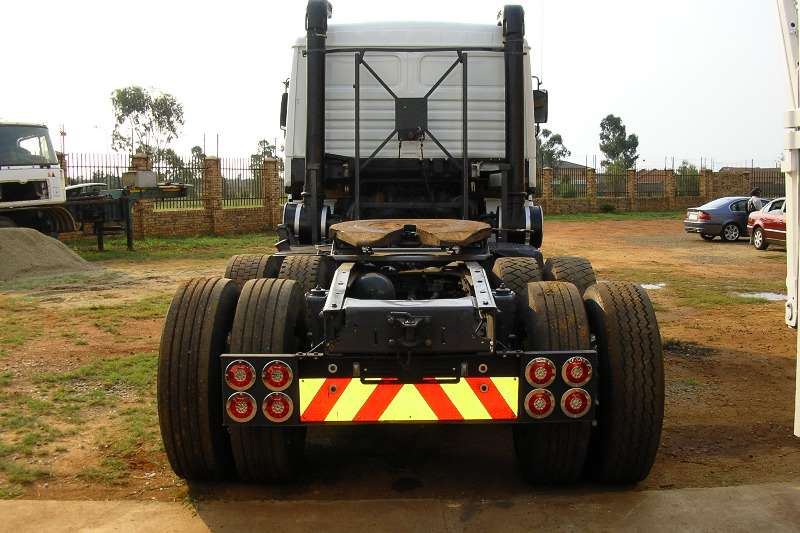 MAN  double axle 26 502 Truck-Tractor