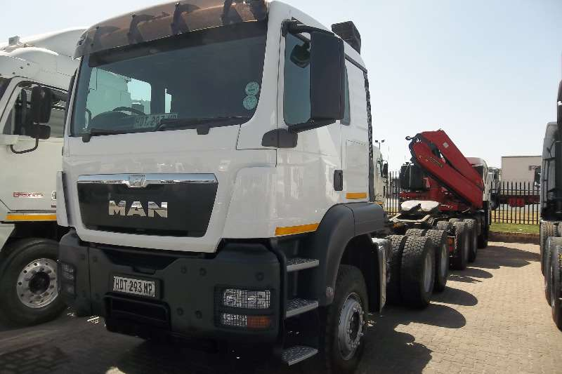 MAN  double axle 33.480 TGS Truck-Tractor