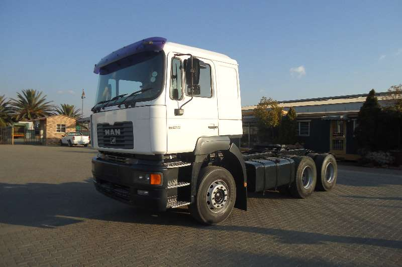 MAN  double axle F2000 MAN 27.464 T/T Truck-Tractor