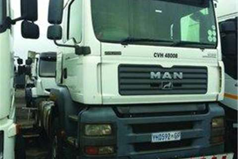Truck-Tractor MAN  Double Axle MAN 33.480 (6X4)- 2009